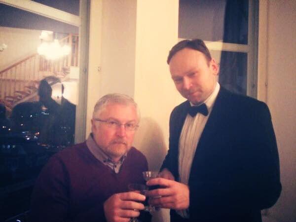 2014-12-17 rozhdestvenskaya vecherinka u konsula ssha v ekaterinburge fyodor krasheninnikov konstantin kiselyov
