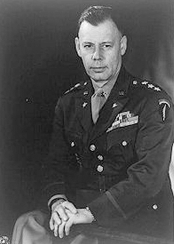 2-й Директор ЦРУ (1950 -1953 при президенте Гарри Трумэне.