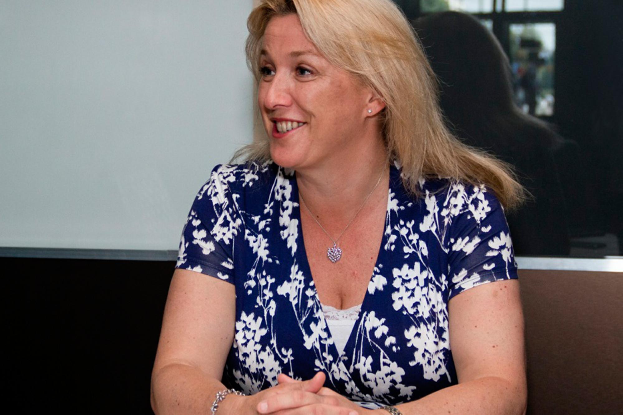 Заместитель посла Великобритании в России Линдси Сколл