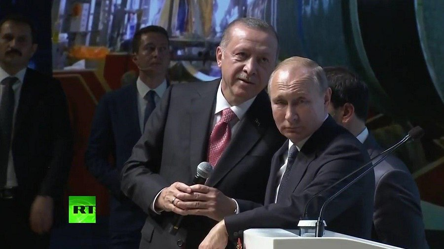 «Турецкий поток» вышел на берег