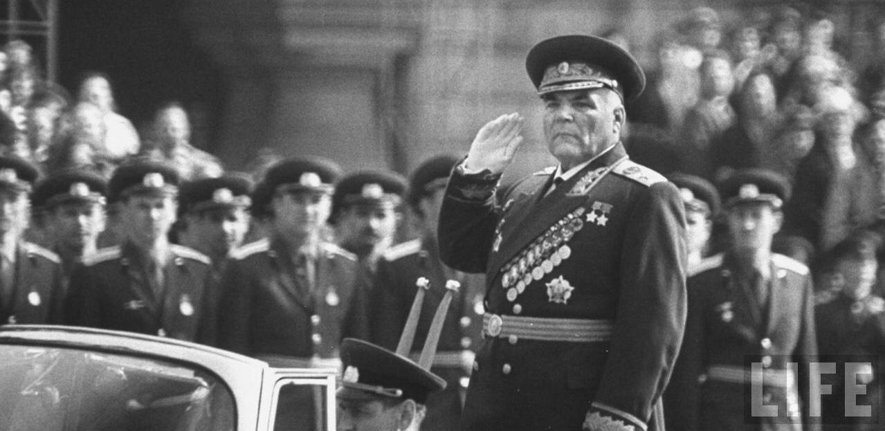 23 ноября 1898 года родился маршал Малиновский