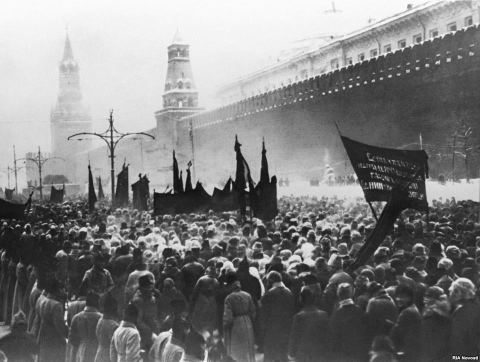 21 yanvarya 1924 goda skonchalsya vladimir ilich lenin