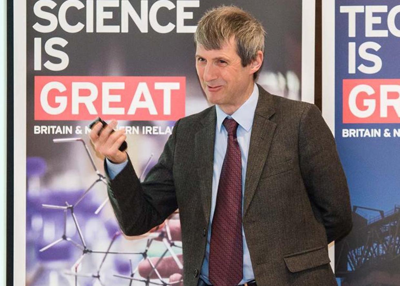 Пол Эттфилд, профессор, директор Центра изучения экстремальных состояний (Эдинбургский университет, Великобритания)
