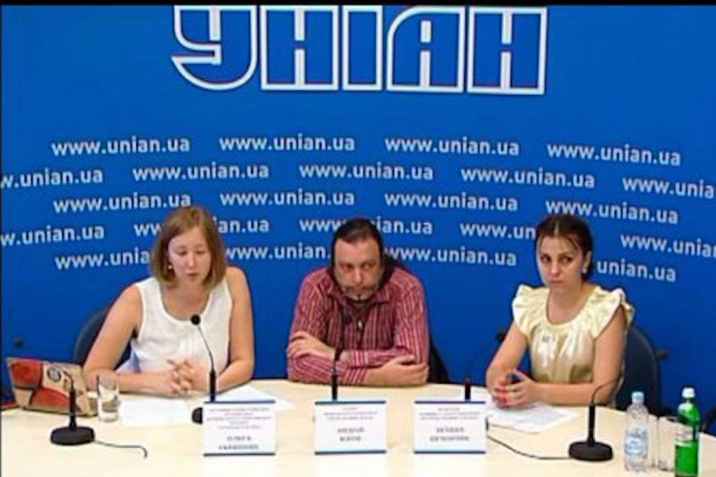 Андрей Юров в гостях у новостного информационного агентства Украины УНИАН.