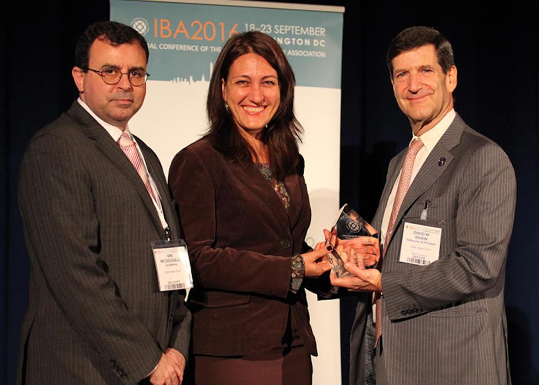 Галина Арапова, 23 сентября 2016 года Арапова была награждена в Вашингтоне правозащитной премией Международной ассоциации адвокатов, признавшей ее выдающиеся достижения в сфере защиты прав человека.