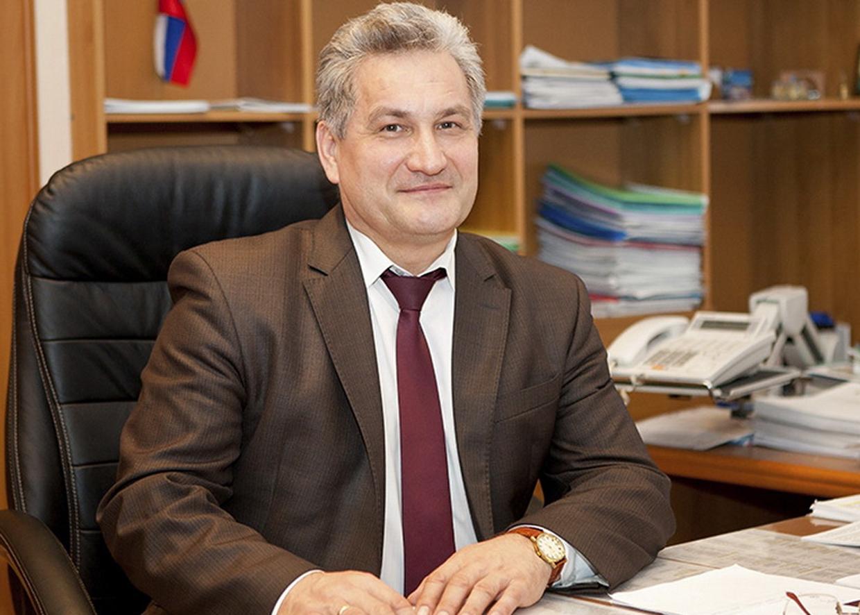 Биктуганов Юрий Иванович, Министр образования и молодежной политики Свердловской области