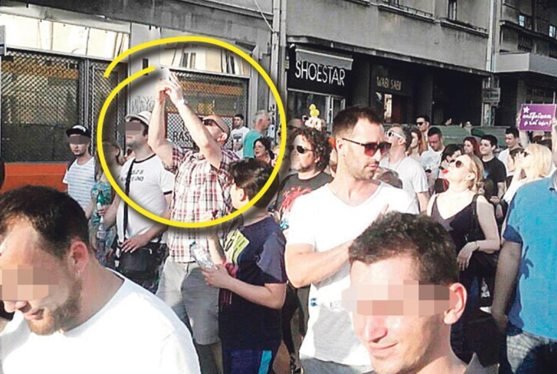 Соломон Блэк и Денис Ибишбегович на шествии в Белграде