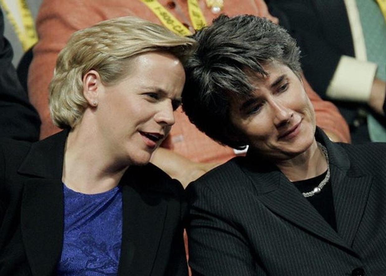 Дочь Дика Чейни, Мэри Чейни – открытая лесбиянка, с 1992 г. находится в постоянных отношениях с Хизер По