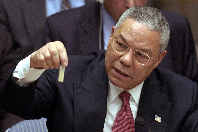 Колин Пауэлл на заседании Совета Безопасности ООН 5 февраля 2003 года.
