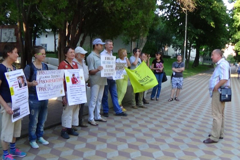 Пикеты в поддержку Валентины Череватенко в Ростове-на-Дону.