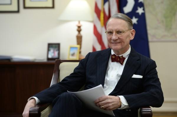 Генеральный консул США в Екатеринбурге Пол М. Картер