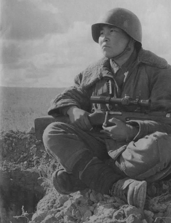 sovetskij snajper-nanaec maksim passar