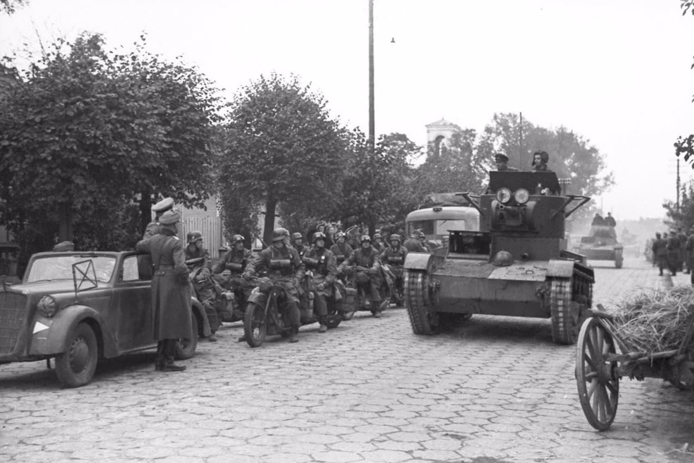 Совместный парад Красной Армии и вермахта», которого не было